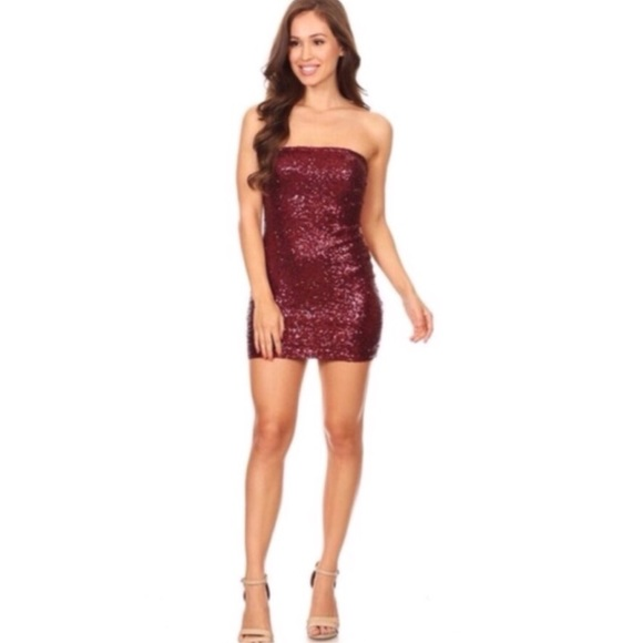 Dresses & Skirts - Burgundy Sequins Dress